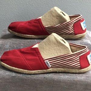 Toms woman's size 9 shoe